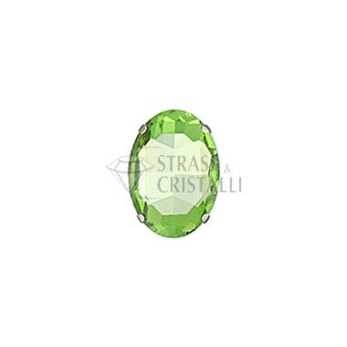 Ovale in cristallo con castone VERDE