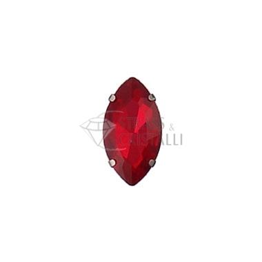 Ovale in cristallo con castone NERO